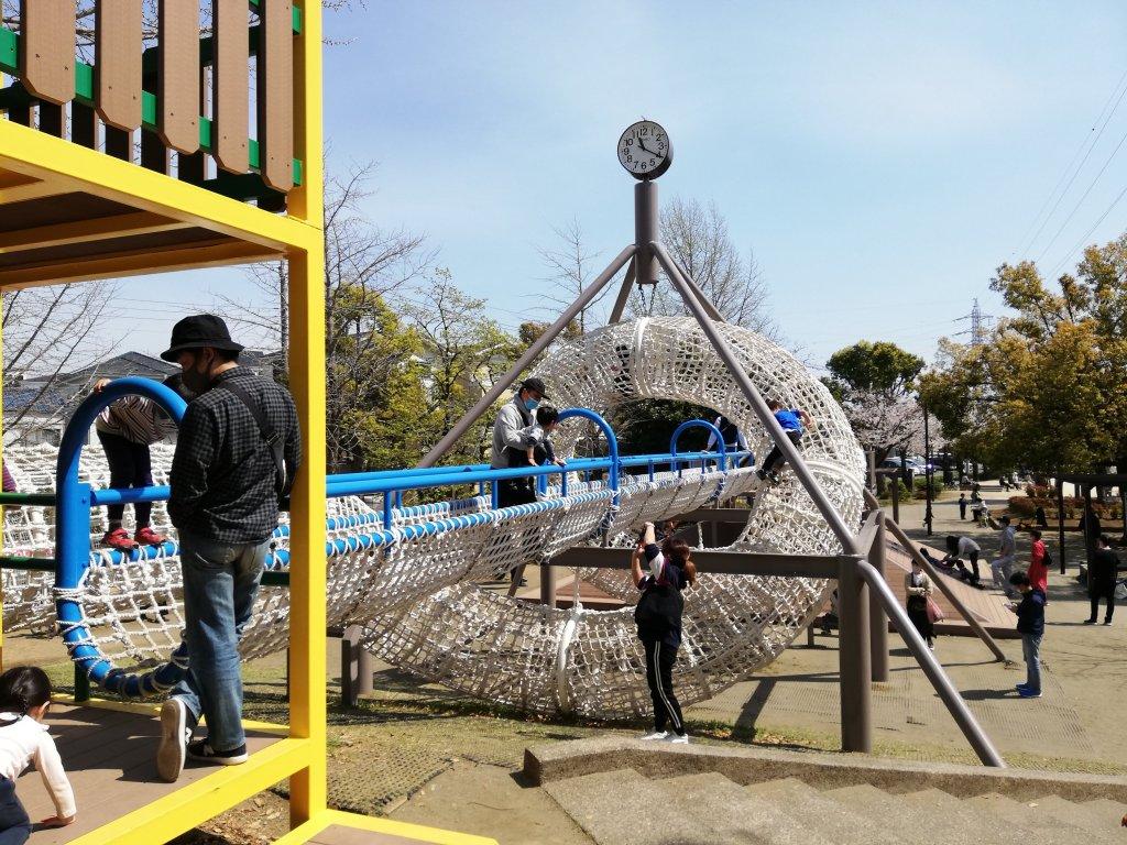 宇喜田さくら公園のロープのつり橋