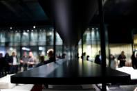 gelatinadesign - salonedelmobile2 interno libreria mensola