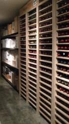 vino - with case storage