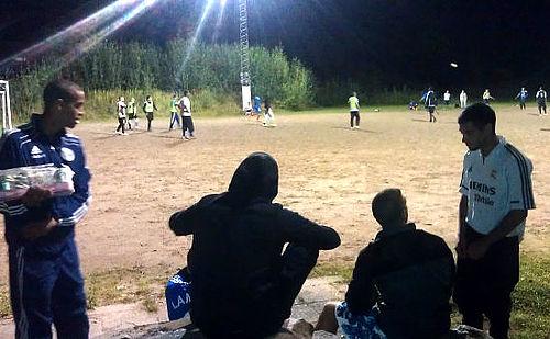 Midnatsfodbold er en succes