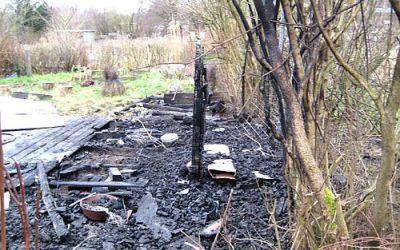 Påsat brand i Holmstrup Haver i nat