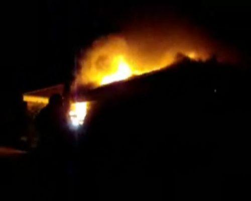 Tegn på at brand i rækkehus var påsat