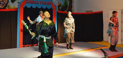 Rørende og livlig goddag- og farvelfest i Cirkus Tværs