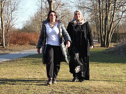 Kvinder på fælles gåture i Hasle Bakker
