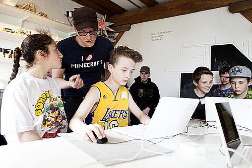 Børn skal bygge i Minecraft