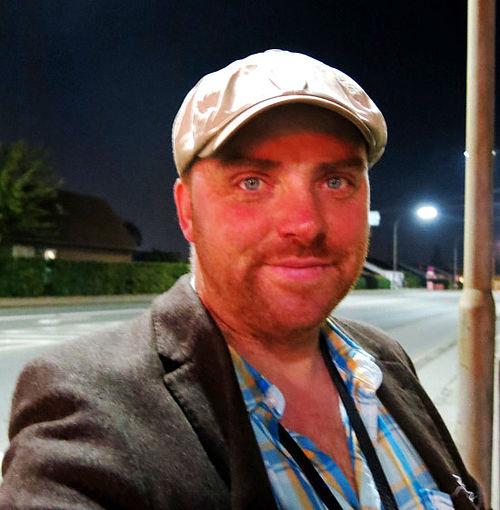 Borgerjournalist udtrykker oplevelser på digte