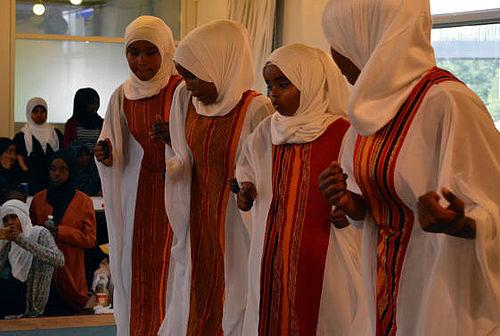 Sommerfest med somalisk dhanto-folkedans