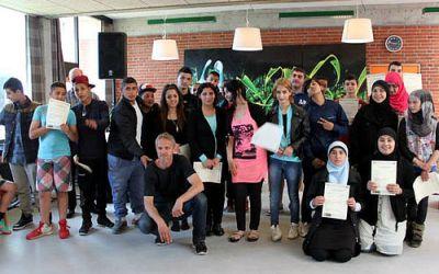 30 unge fik diplomer