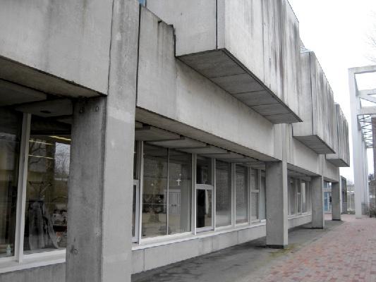 Bevar betonbygningerne