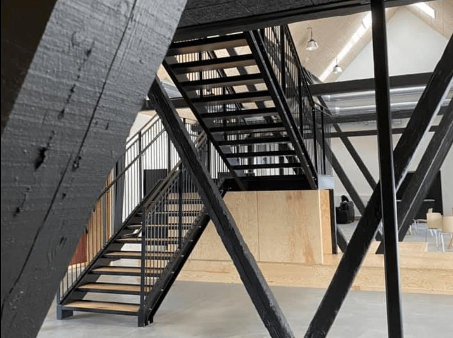Toveshøjs nyrenoverede beboerhus klar til Lyserød Lørdag