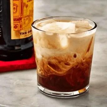 whiruss %categoria 10 drinks fáceis e baratos para fazer na sua festa