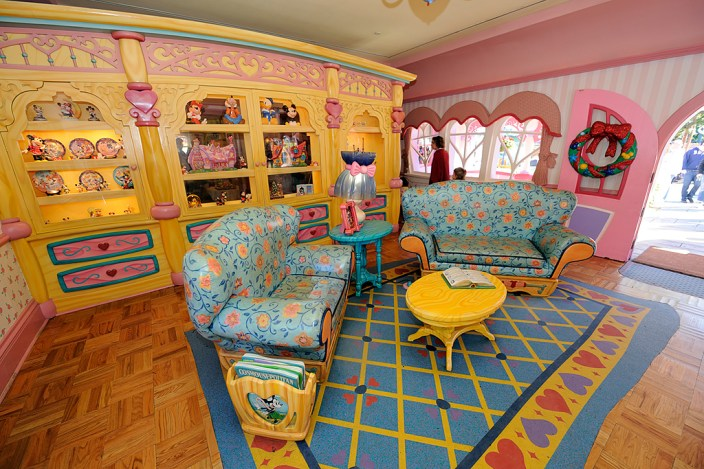 Walt Disney World, Pixelmania 2010 1/ 45s, at f/4    E.Comp:0    14mm    WB: AUTO 0.    ISO: 200    Tone:    Sharp:    Camera: NIKON D700on: 2010:12:02 11:28:34