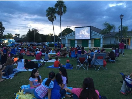 movie-in-the-park-hunters-creek