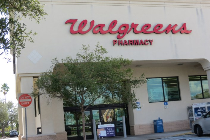 walgreens-hunters-creek-orlando