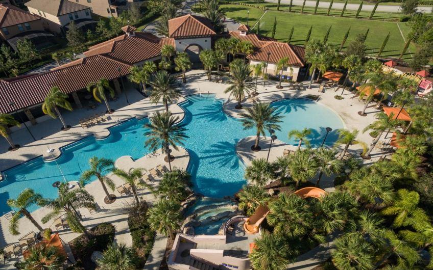 Solterra Resort – Davenport