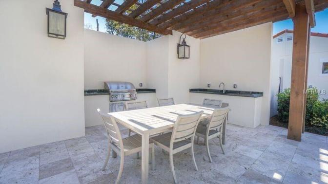 clubhouse-condominio-royal-cypress-preserve (6)