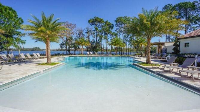 piscina-condominio-royal-cypress-preserve (4)