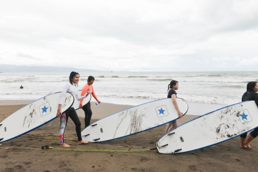 surfing-emina_3
