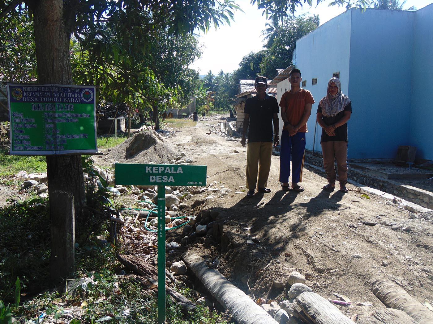 115 Kepala keluarga di Desa Toboli Barat Dapat Bantuan Jamban