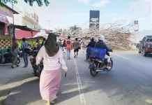 Warga Tondo Kota Palu Tertimpa Pohon Tumbang