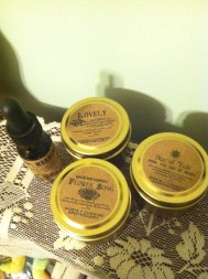 3 delicious tea blends and a special chocolate and mint glycerite from Worts+Cunning Apothecary. Lovely!