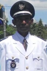 Kepala Kampung Gemebs Bapa  Laurens.N Warisyu