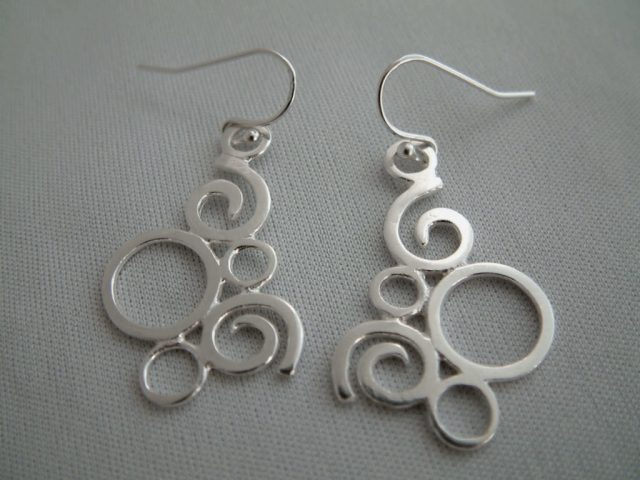 Squiggle earings