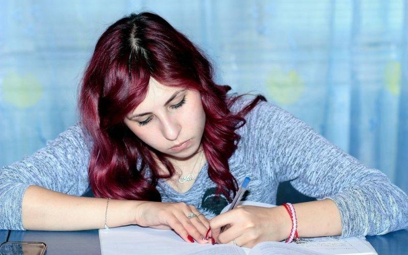 Ansiedad exámenes chica