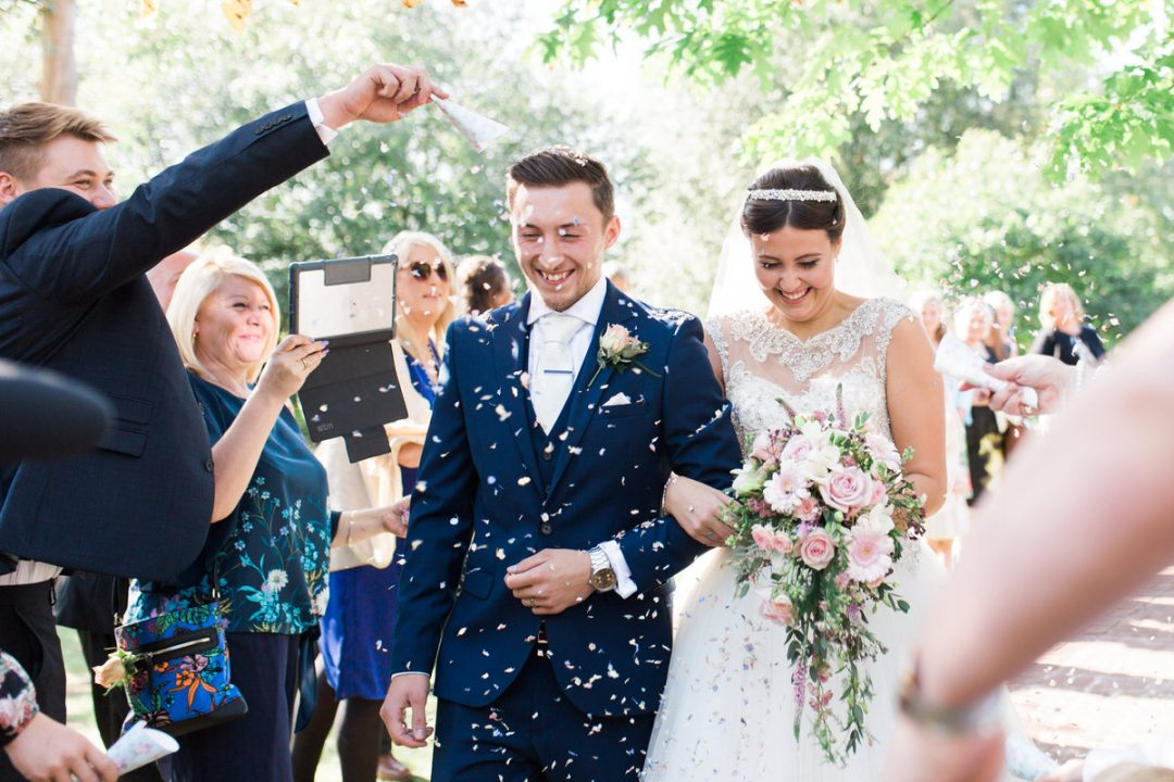 Confetti advice and how to make your own wedding confetti from dried flowers?