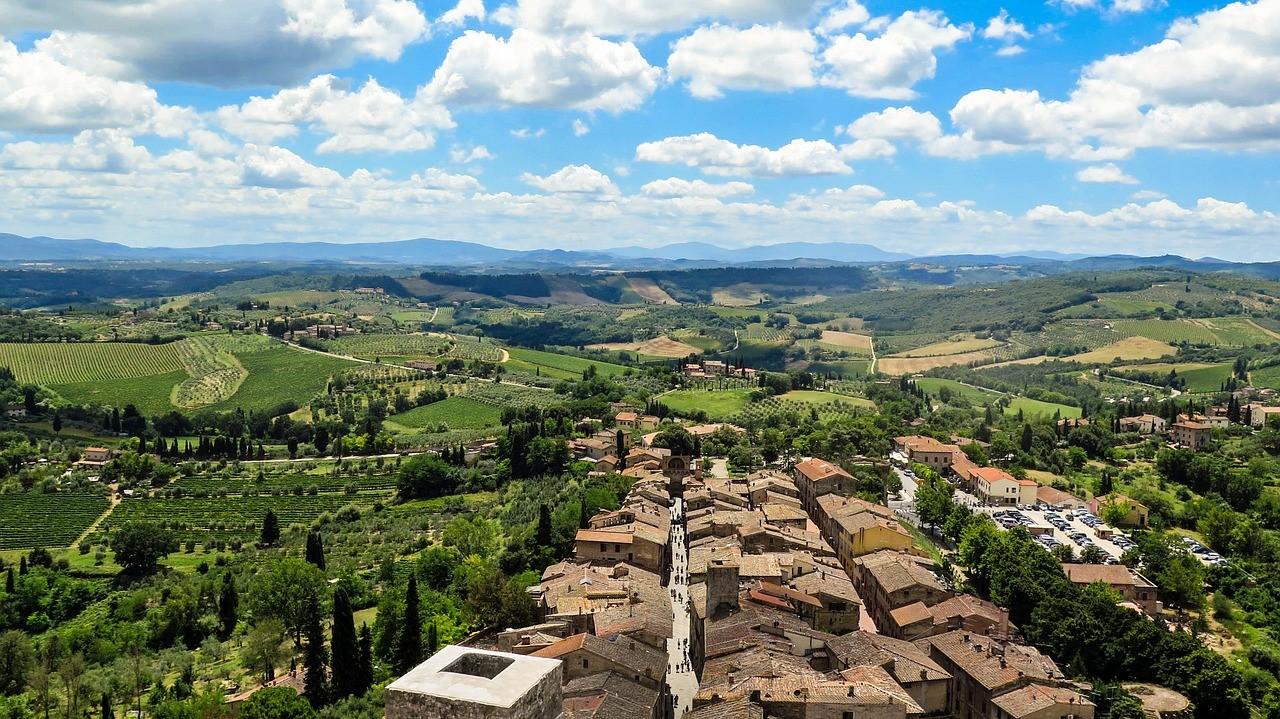 thumbnail san gimignano 504292 1280 - Small towns on my Italian bucket list
