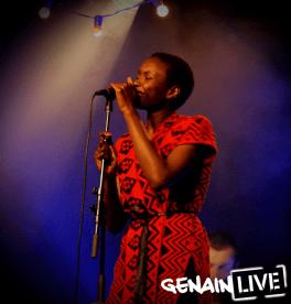 diouma - chanteuse