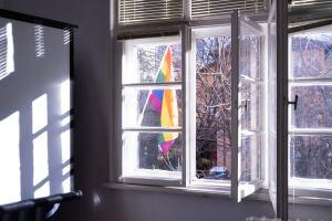 Хомофобско нахлуване в единствения ЛГБТИ център в България