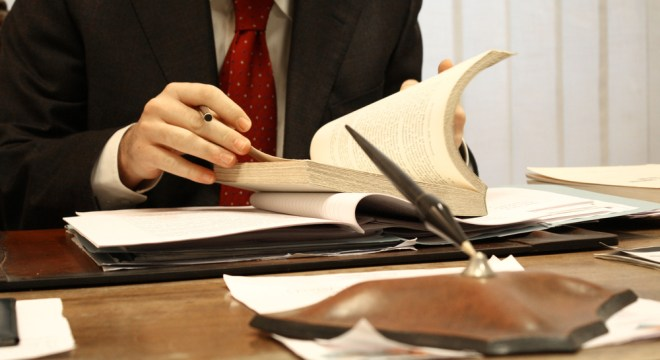 Choosing A Criminal Defence Lawyer The Source Of Legal Solution And Informatio