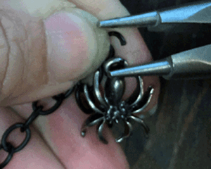 Embelish your chain with spiders