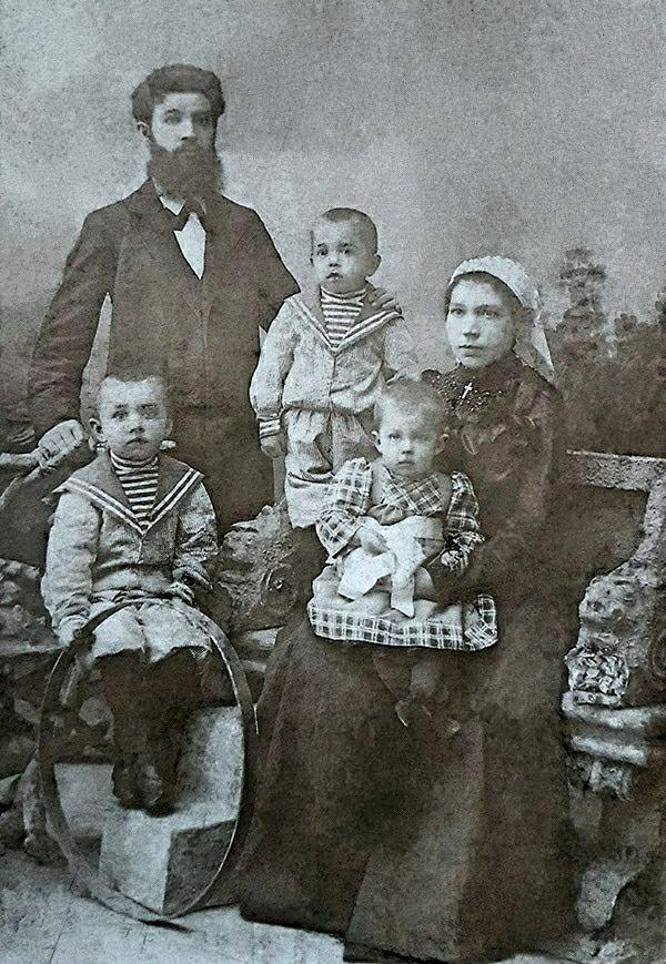 Семья Шевелёвых