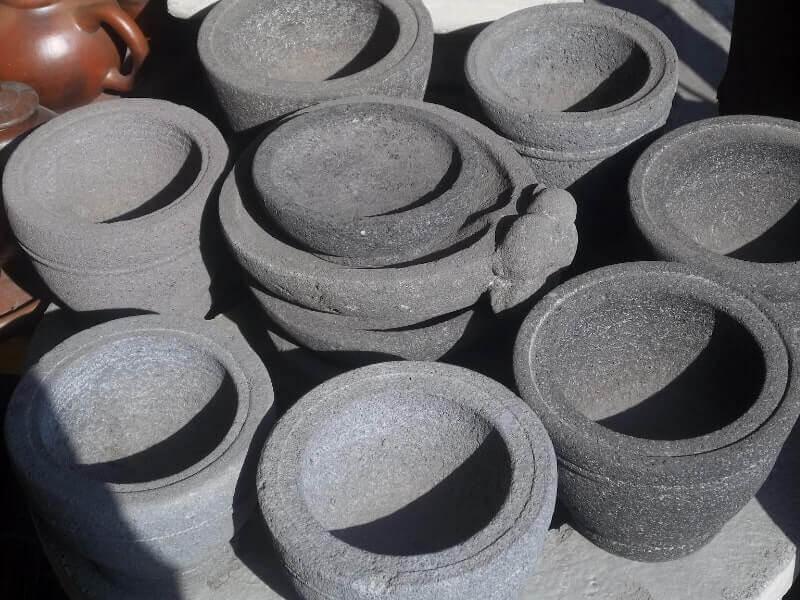 kerajinan bahan keras dari batu