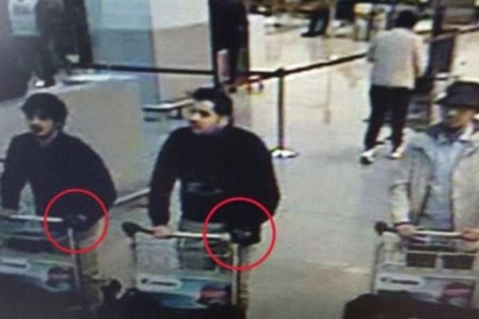 Pachatelé teroristických útoků na letišti v Bruselu 22. března 2016