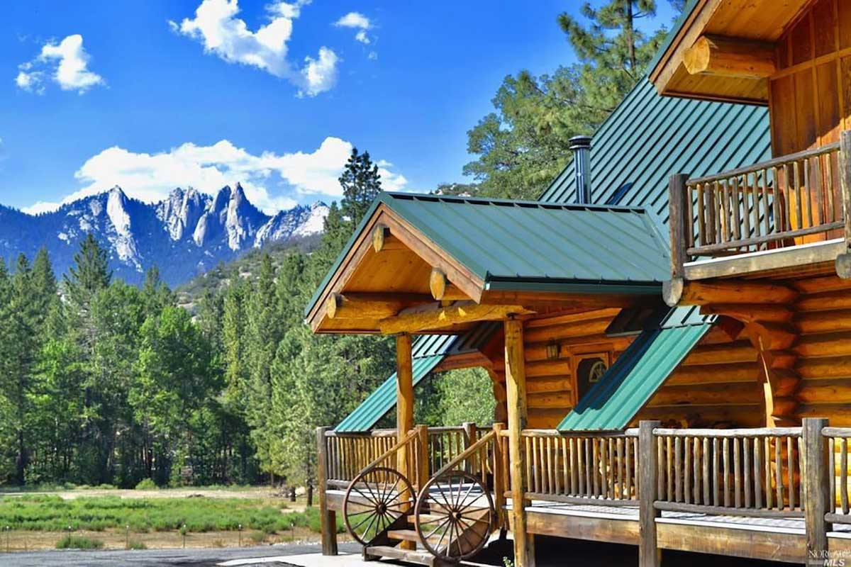 Peppermint Sky Ranch cabin