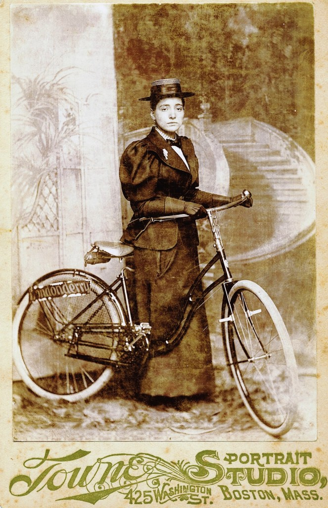 Annie Londonderry, portrait with bicycle