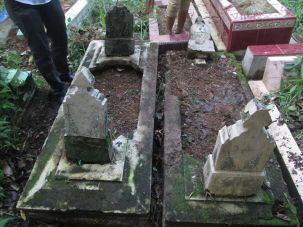 Makam K. H. R. Ahmad Syar'i Mertakusuma-01
