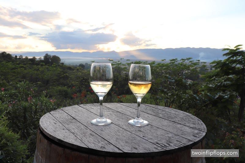 myanmar_inle_lake_biking_sunset_wine_twoinflipflops