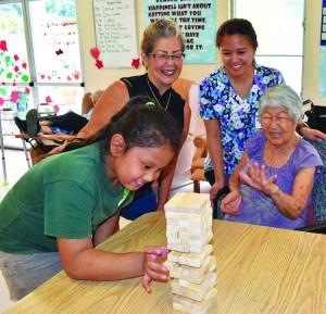 In the GrandGrace program, keiki share their skills with seniors.