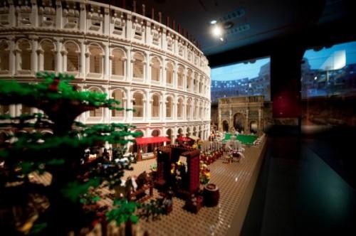 nicholson museum,lego colosseum, nicholson museum sydney,colosseo di lego,abbasso indiana jones