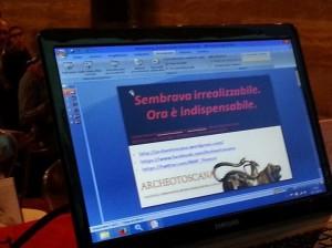 La prima slide di presentazione del blog Archeotoscana immortalata da @Cioschi