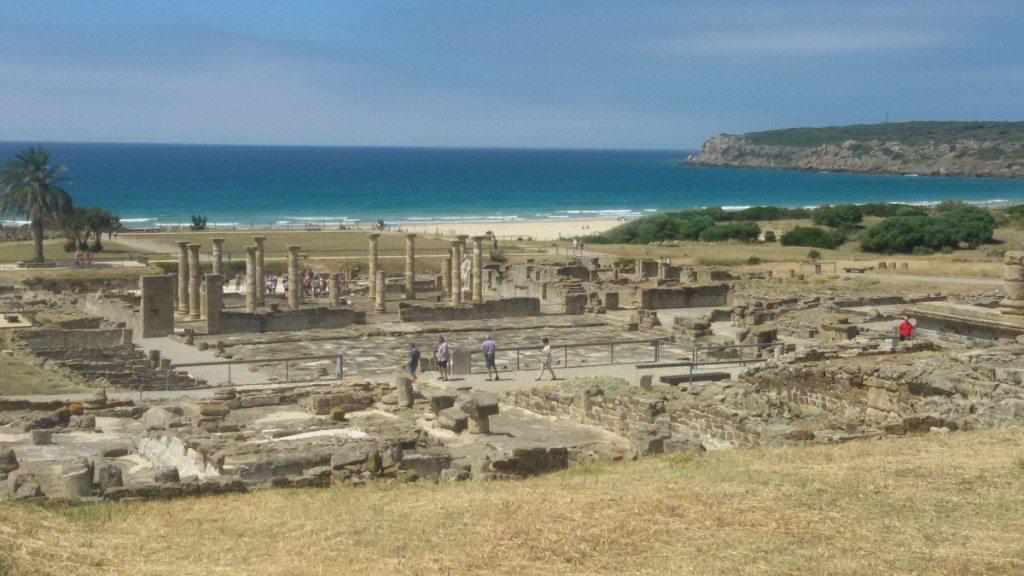 La città romana di Baelo Claudia, spettacolare per la sua posizione sul mare