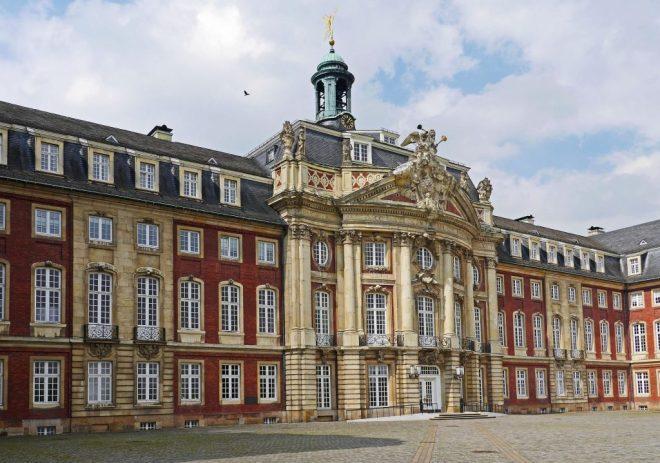 https://pixabay.com/de/stadt-münster-stadtschloss-westfalen-1270098/