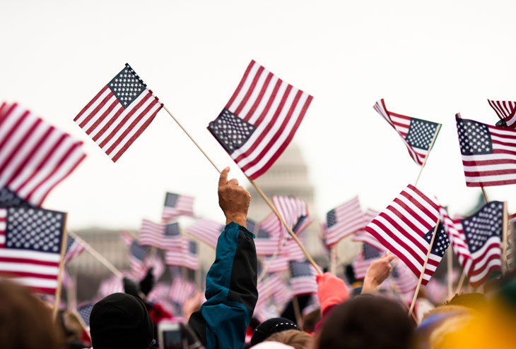 635898673593915742114214178_american-flags-political-rally