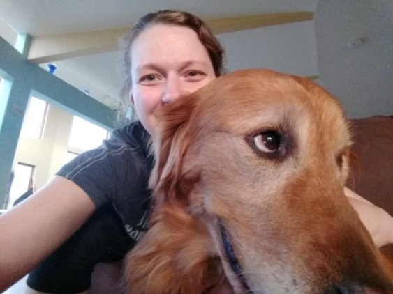Selfie with a golden retriever
