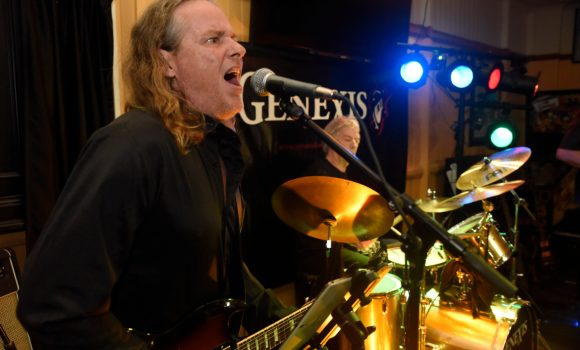 Gav, lead guitar, Genexis - Yandina Hotel