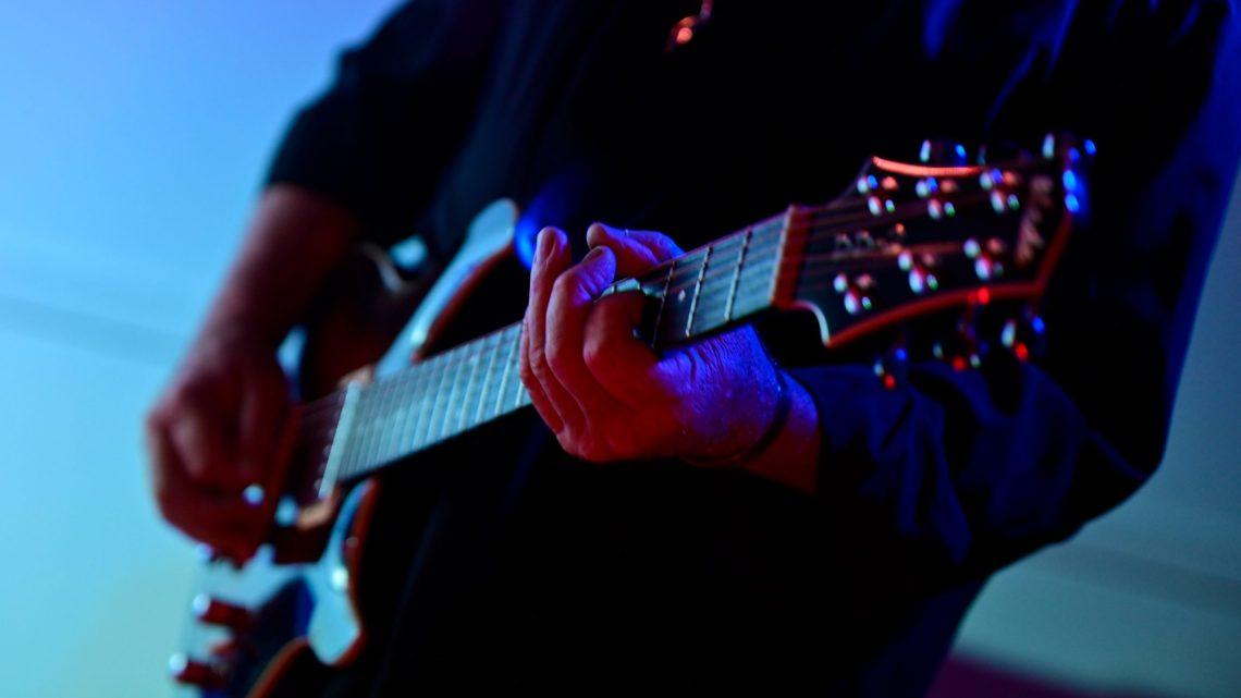 Iconic Guitar Riffs